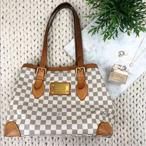 4e8afcfa8c56 Women s Louis Vuitton White Checkered Bag on Poshmark